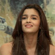 14may HighwayDVDlaunch49 185x185 Imtiaz Ali, Alia Bhatt & Randeep Hooda at the HIGHWAY DVD launch