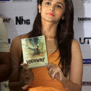 14may HighwayDVDlaunch51 185x185 Imtiaz Ali, Alia Bhatt & Randeep Hooda at the HIGHWAY DVD launch