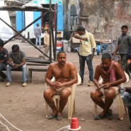 14may OnSetByomkeshBakshi05 185x185 In Pictures: On Location with Detective Byomkesh Bakshi