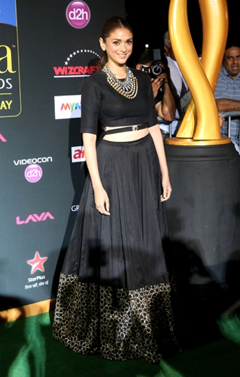 14may PayalSinghalBollyAList02 Payal Singhal – The go to Designer for Bollywood's A listers