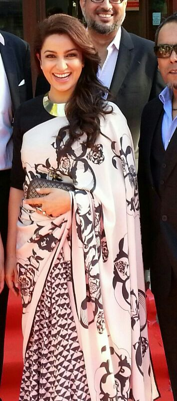 14may PayalSinghalBollyAList08 Payal Singhal – The go to Designer for Bollywood's A listers