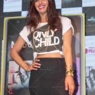 14may PriyankaSingleLaunchMumbai22 185x185 Priyanka Chopra Launches 'I Can't Make You Love Me' with Nokia MixRadio in Mumbai!
