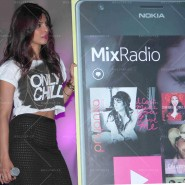 14may PriyankaSingleLaunchMumbai23 185x185 Priyanka Chopra Launches 'I Can't Make You Love Me' with Nokia MixRadio in Mumbai!