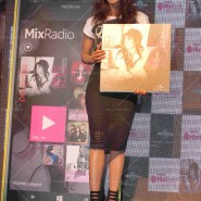 14may PriyankaSingleLaunchMumbai32 185x185 Priyanka Chopra Launches 'I Can't Make You Love Me' with Nokia MixRadio in Mumbai!