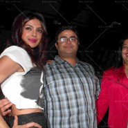 14may PriyankaSingleLaunchMumbai37 185x185 Priyanka Chopra Launches 'I Can't Make You Love Me' with Nokia MixRadio in Mumbai!
