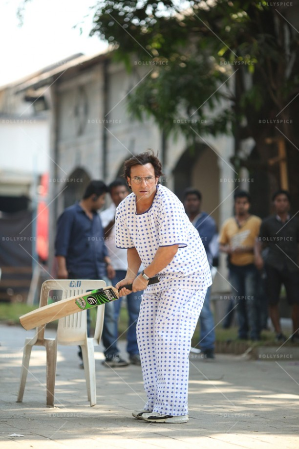 14may_RiteishSaif-HumshakalsCricket04