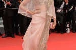 14may_SonamKapoorCannes20