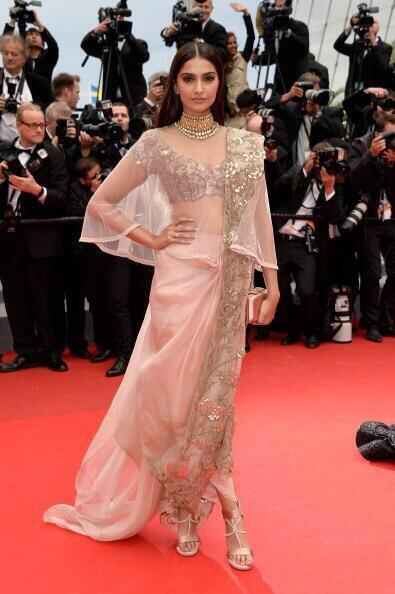 14may_SonamKapoorCannes22