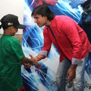 14may VivekSpidermanCancerScreening06 185x185 Vivek Oberoi at the screening of the Amazing Spider Man 2 for cancer patients