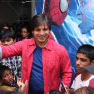 14may VivekSpidermanCancerScreening22 185x185 Vivek Oberoi at the screening of the Amazing Spider Man 2 for cancer patients