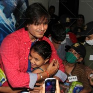 14may VivekSpidermanCancerScreening27 185x185 Vivek Oberoi at the screening of the Amazing Spider Man 2 for cancer patients