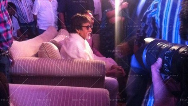 14may leaderfirstlook 04 612x345 Amitabh Bachchan reveals First Look of the film LEADER