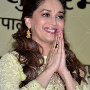 14jun MadhuriMamtaAbhiyaan01 185x185 Madhuri Dixit as UNICEF celebrity advocate launches communication campaign Mamta Abhiyaan