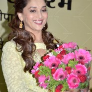 14jun MadhuriMamtaAbhiyaan03 185x185 Madhuri Dixit as UNICEF celebrity advocate launches communication campaign Mamta Abhiyaan
