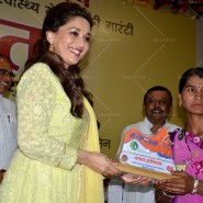 14jun MadhuriMamtaAbhiyaan12 185x185 Madhuri Dixit as UNICEF celebrity advocate launches communication campaign Mamta Abhiyaan