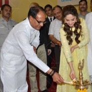 14jun MadhuriMamtaAbhiyaan23 185x185 Madhuri Dixit as UNICEF celebrity advocate launches communication campaign Mamta Abhiyaan