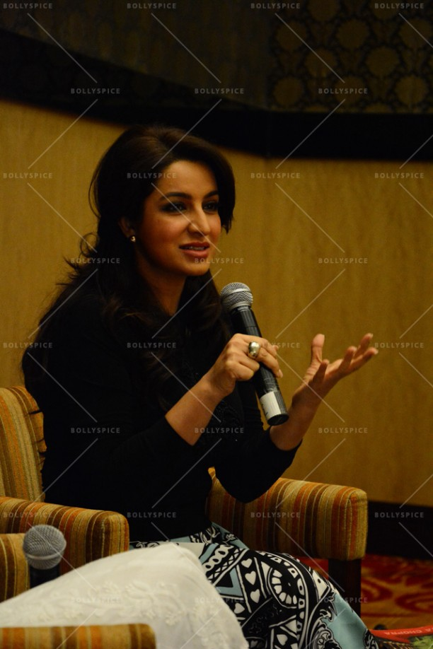 14jun TiscaActingSmart02 612x918 Tisca Chopra launches her book Acting Smart in Bangalore!!