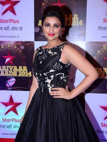 14jun WHWN StarParivaarAwards03 Whos Hot Whots Not: Star Parivaar Awards 2014