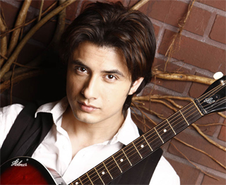 14jun alizafarinterview 01 Bollywood Showstoppers: Exclusive Interview with Ali Zafar