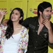 14jun hskdradiomirchi 08 185x185 In Pictures: Varun Dhawan & Alia Bhatt promoting Humpty Sharma Ki Dulhaniya at Radio Mirchi