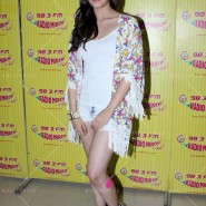 14jun hskdradiomirchi 19 185x185 In Pictures: Varun Dhawan & Alia Bhatt promoting Humpty Sharma Ki Dulhaniya at Radio Mirchi