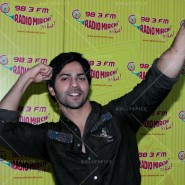14jun hskdradiomirchi 21 185x185 In Pictures: Varun Dhawan & Alia Bhatt promoting Humpty Sharma Ki Dulhaniya at Radio Mirchi