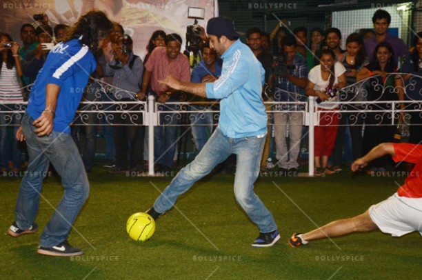 14jun ranbirfootball 13 612x406 Armaan and Ranbir come together to celebrate the football fever!!