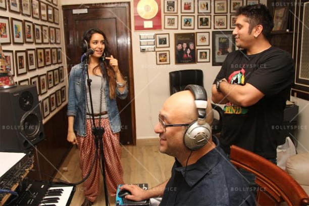 14jun shraddhabgscore 02 612x408 Now Shraddha Kapoor lends her voice to the Ek Villain background score