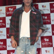 14jun srkkidzania 15 185x185 In Pictures: Shah Rukh Khan celebrates Fathers Day at Kidzania