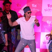 14jun srkkidzania 32 185x185 In Pictures: Shah Rukh Khan celebrates Fathers Day at Kidzania