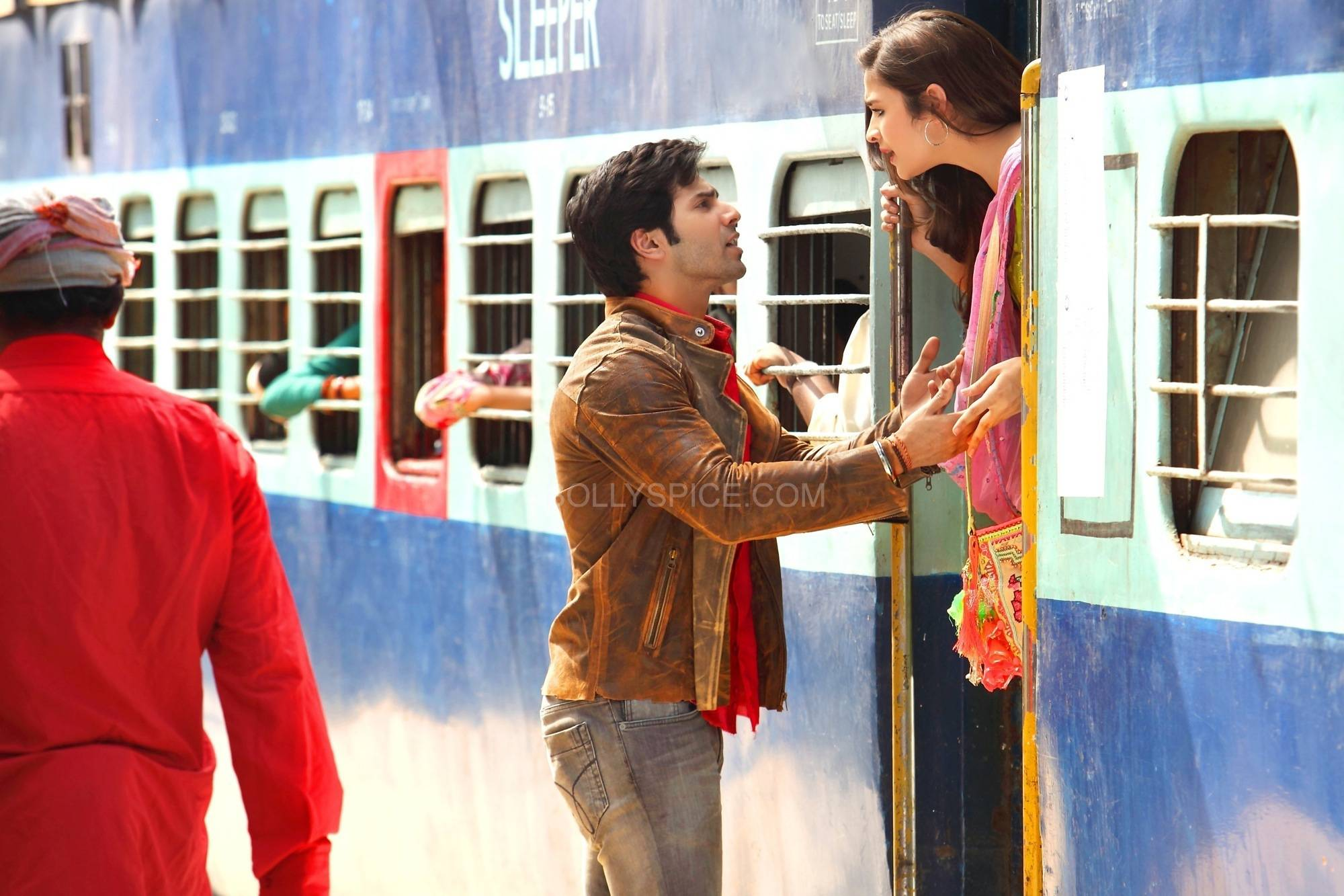 Humpty Sharma ki Dulhania KKHH1 When Humpty Sharma ki Dulhania Went KKHH style!