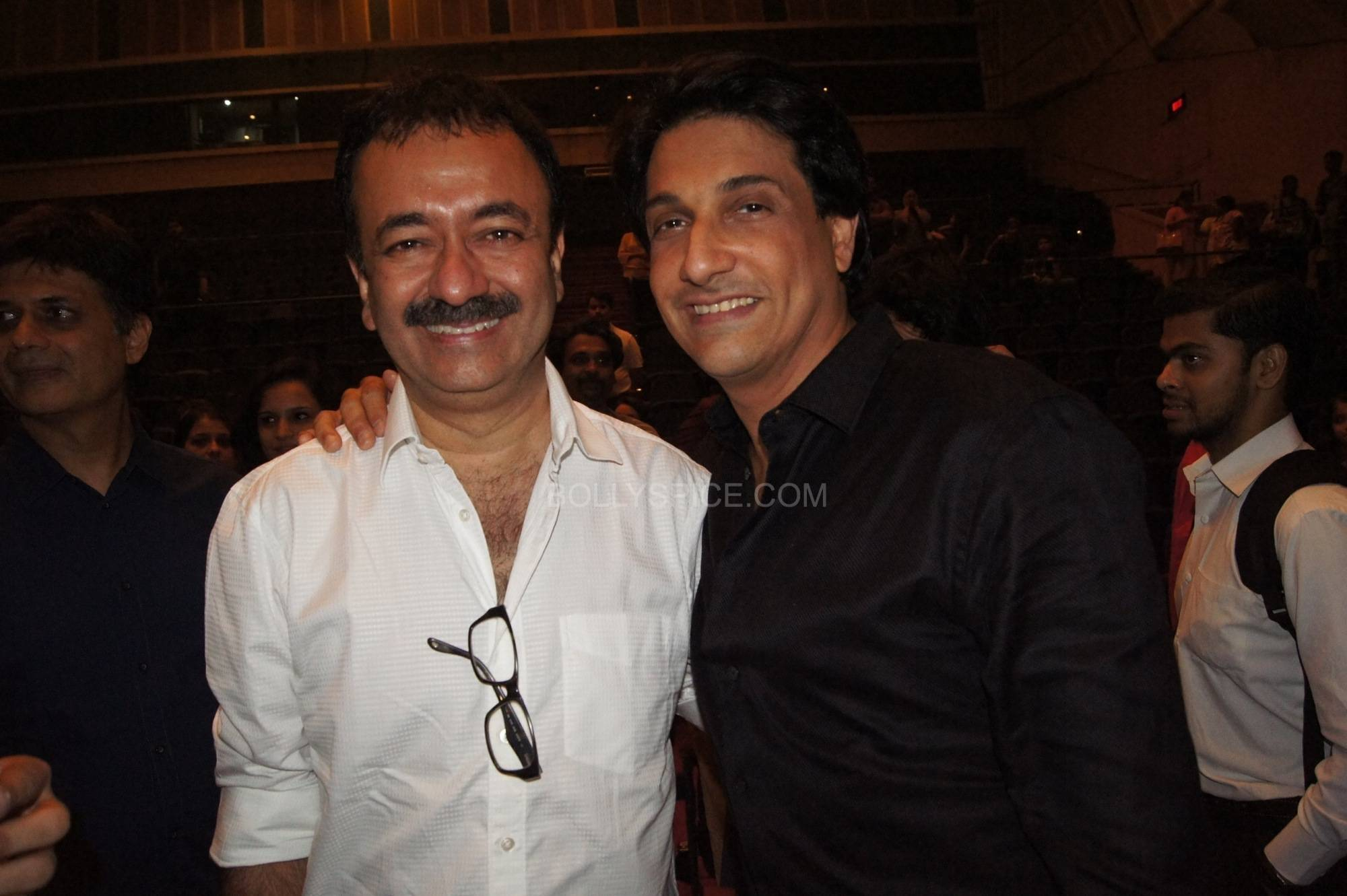 Shiamak with Raju Hirani Bollywood Stars Applaud Shiamaks Contemporary Dance show Selcouth!