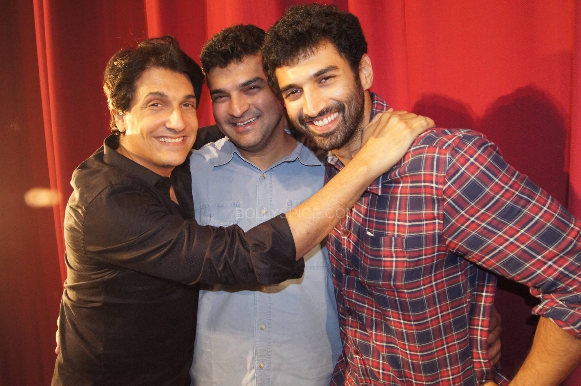 Shiamak with Siddharth and Aditya Roy Kapur Bollywood Stars Applaud Shiamaks Contemporary Dance show Selcouth!