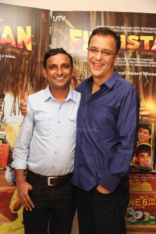 filmistaanvvc1 612x918 Mr. Vidhu Vinod Chopra Applauds Filmistaan!