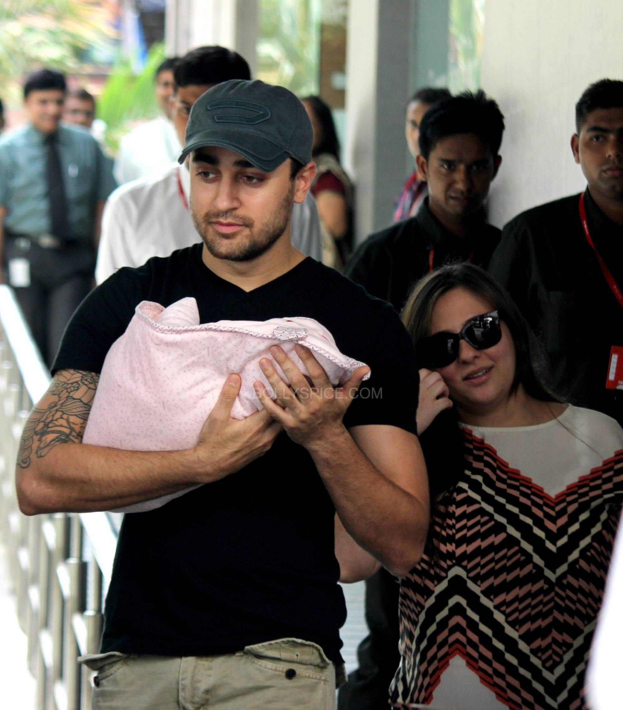 imranavantikaandimara2 Imran Khan and Avantika name their daughter Imara