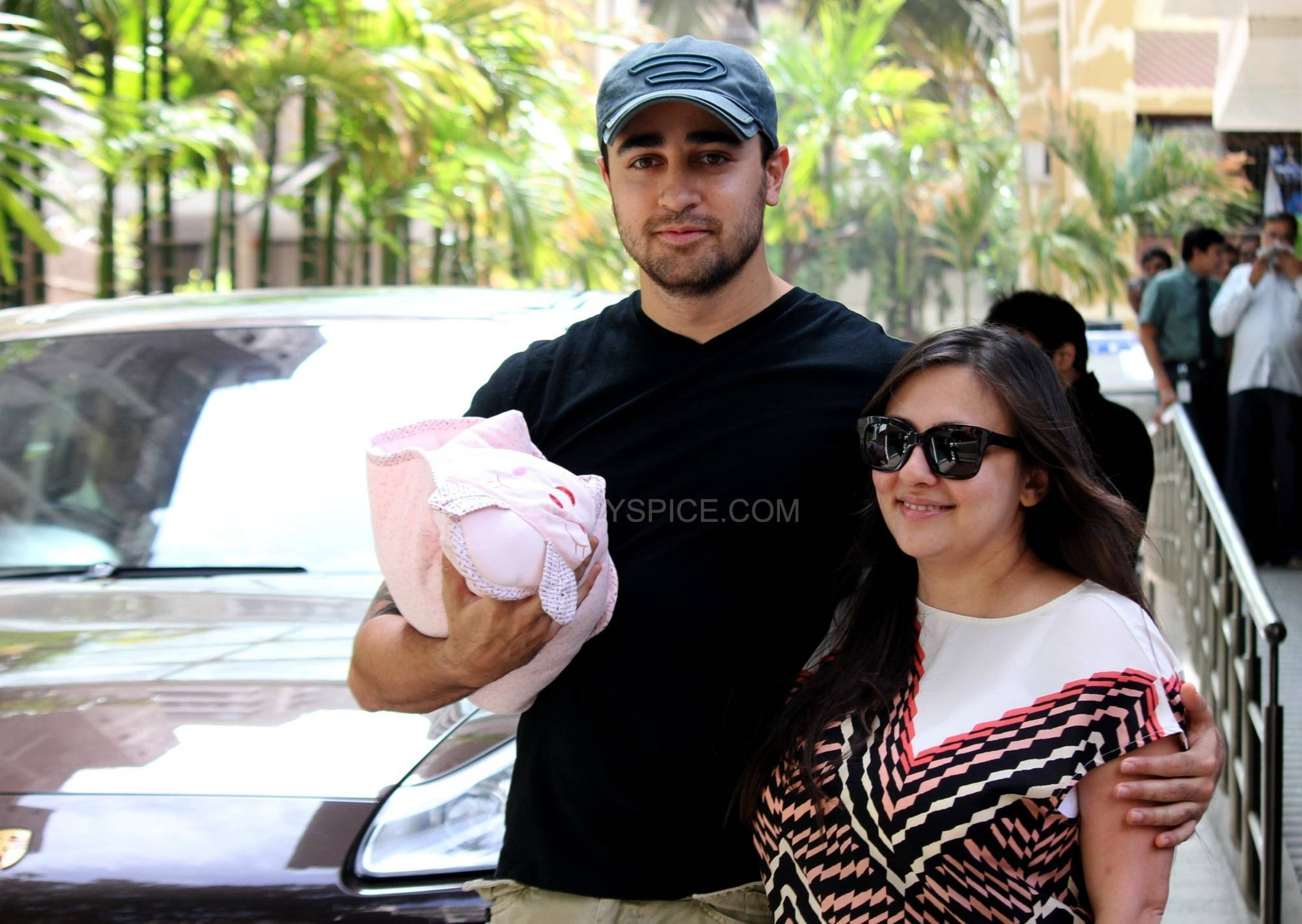 imranavantikaandimara3 Imran Khan and Avantika name their daughter Imara