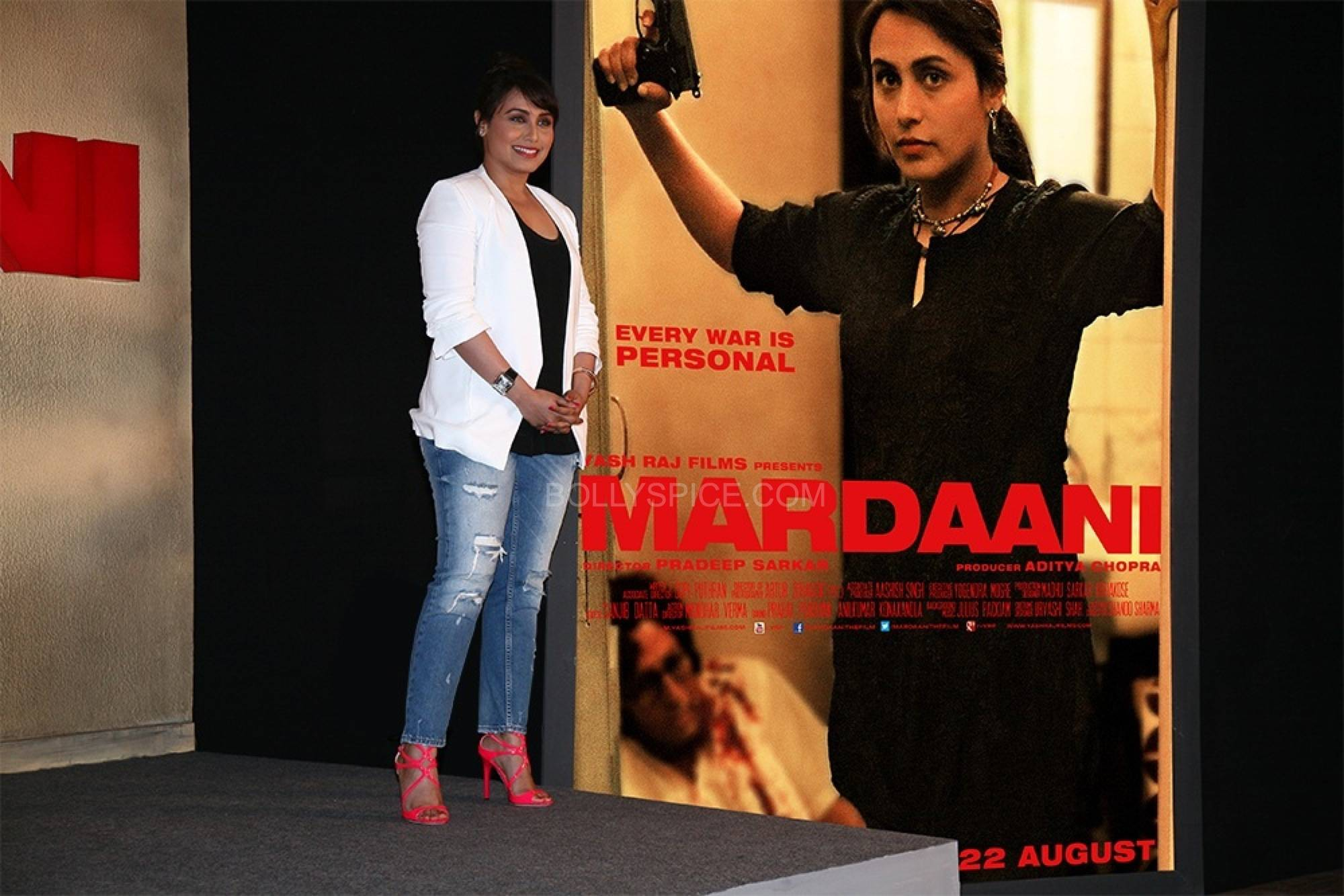 mardaanitrailer2 See Rani Mukerji in the gripping Mardaani Trailer!