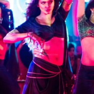 prachidesaiawariekvillain9 185x185 Prachi Desai sizzles in Awari from Ek Villain