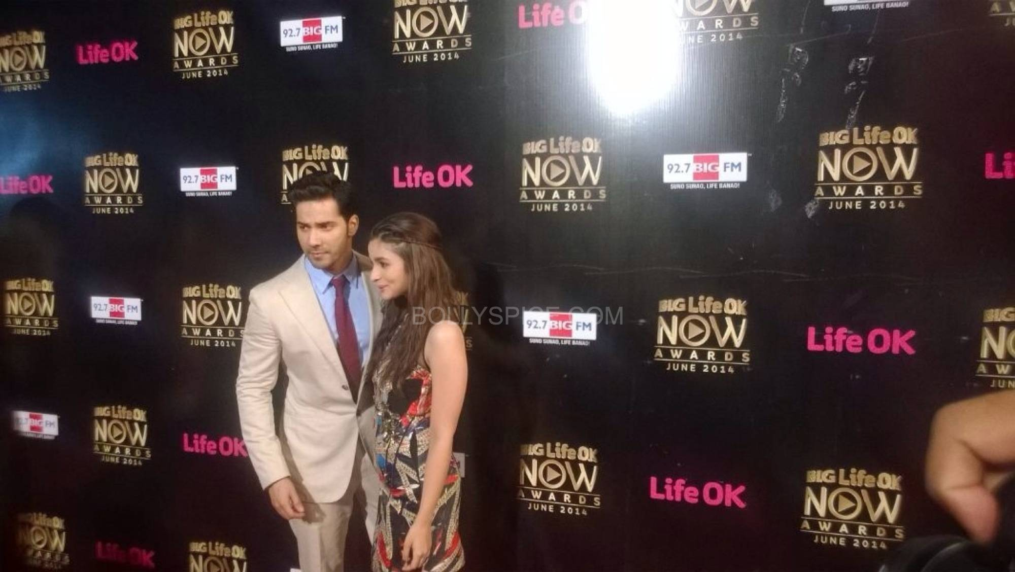 varunaliaokawards1 Humpty Sharma and his Dulhaniya Set the Stage on Fire at Life OK! Awards