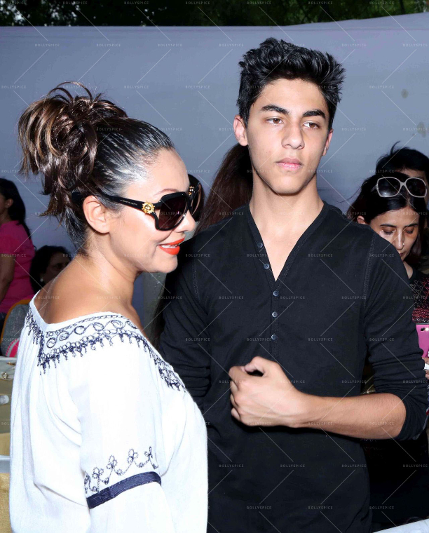 183612 In Picures: Gauri along with Suhana and Aryan Khan launch The Brown Box Bakery