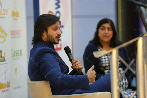 Vivek Oberoi Gurinder Chadha OBE 'Women Empowered In Support Of Sewa Day' In Conversation With Vivek Oberoi