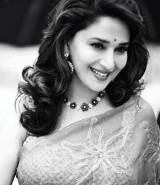 14aug_Madhuri30Years01