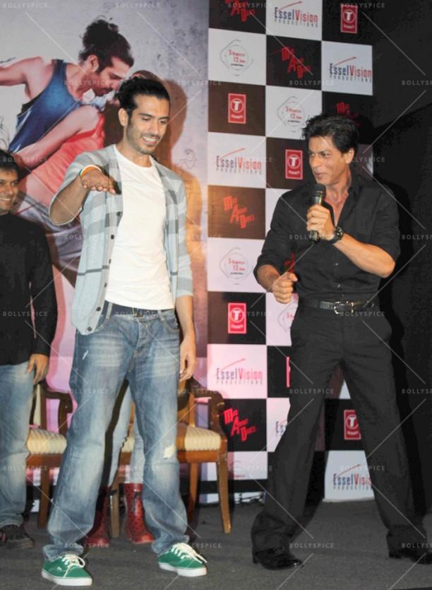 14aug_SRK-MADappLaunch28
