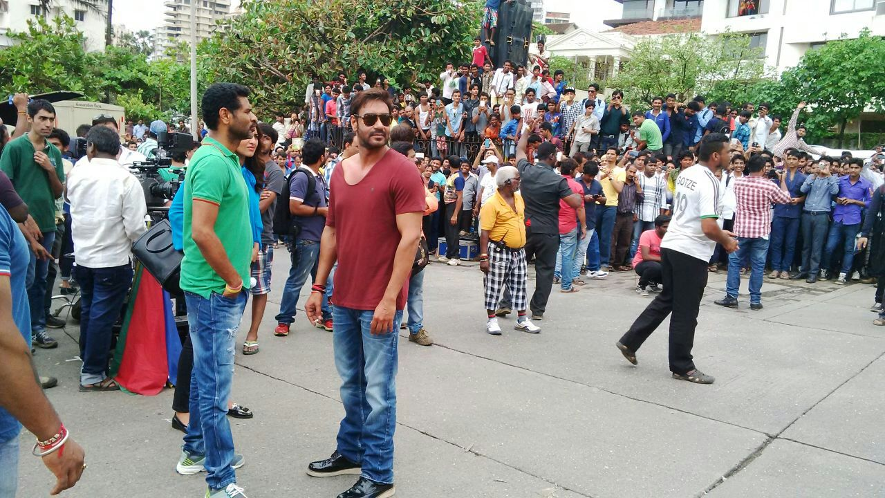 Ajay Devgn-Prabhu Deva shooting for Action Jackson (1)