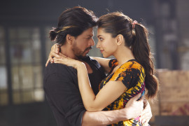 The Romantic Manwa Laage featuring Shah Rukh and Deepika from Happy New Year