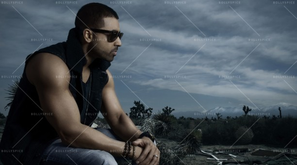 14oct_JaySean-Back2Roots02