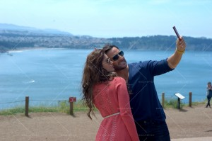 14oct_SaifIleana-Selfie-HappyEnding