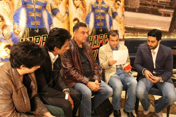 14oct_TeamHNY-LondonInterview01
