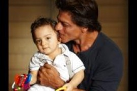 Shah Rukh Khan Shares Adorable Picture of Son AbRam for Eid!