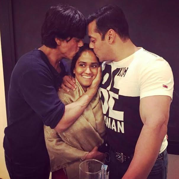 14nov_Arpita Salman Shah Rukh Khan